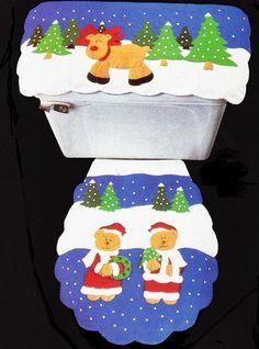 Todos los productos están elaborados a mano, en telas resistentes y durables. Incluye tapa sanitario y tapa agua         1. Juego de Ba... Christmas Crafts, Merry Christmas, Xmas, Christmas Bathroom Sets, Christmas Settings, Bathroom Accessories, Ideas Para, Santa, Halloween