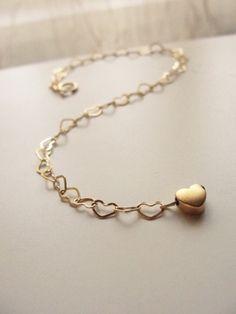 Znalezione obrazy dla zapytania tiffany bracelet heart gold