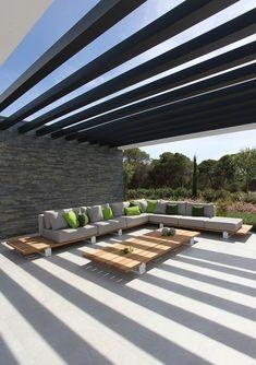 Roots Paysages se propose d'intégrer le mobilier à votre aménagement. Contactez nous pour plus de renseignements, contact@rootspaysages.fr ou 01.39.56.15.53 Vigor Lounge | Royal Botania