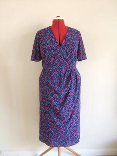 "Vintage 1980s Peter Barron dress Medium B38"" by StellaRoseVintage, £28.00"