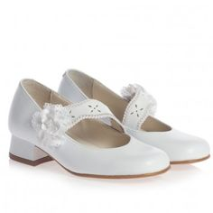 Children's Classics Girls White Leather Shoes with Heels at Childrensalon.com