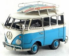Plane Crafts, Vw Bus, Arrow Keys, Close Image, Game Room, Hot Wheels, Birthday Ideas, Red And White, Scale