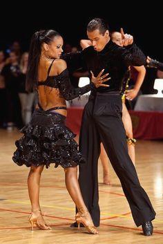 eb6600c2a7 59 melhores imagens de Sapato dança