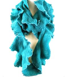 Katie Ruffle Scarf in Teal