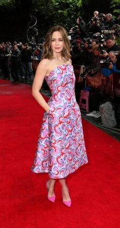 Emily Blunt in Osman at the premiere of Edge Of Tomorrow in London. #Fashion is GREAT Britain!