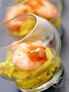 Shrimp in cream of peas - Gamberetti in crema di piselli: una ricetta molto raffinata e delicata che richiede un po' di tempo ma è di sicuro effetto sugli invitati! #gamberettiincremadipiselli