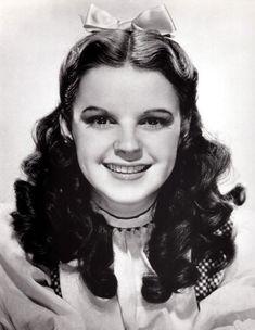 Judy Garland (The Wizard of Oz)