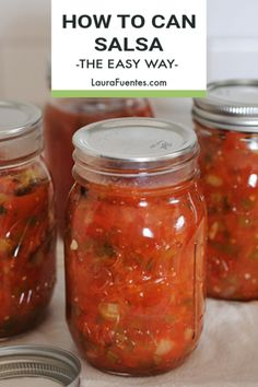 Fresh salsa recipe, on tap! Learn how to can salsa the easy way with Probably have them in your pantry, so all you need are fresh ingredients to make it. Fresh Salsa Recipe, Fresh Tomato Recipes, Fresh Tomato Salsa, Ball Canning Salsa Recipe, Homemade Canned Salsa, Easy Canned Salsa Recipe, Salsa Canning Recipes, Salsa For Canning, Tomato Salsa Canning