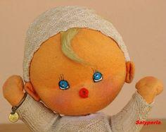 Las Muñecas de Salyperla: Novedad del día: MUÑECO BEBÉ DE MARY VÁZQUEZ, especialmente para MIREN