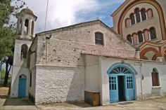 The Ottoman period Agios Nikolaos Church in the central square of Thermi. Central Square, Thessaloniki, Period, Ottoman, Greek, Walking, Mansions, House Styles, City