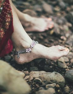 « to pretty anklets Girl Photo Shoots, Girl Photo Poses, Girl Poses, Indian Photoshoot, Saree Photoshoot, Photoshoot Ideas, Indian Photography, Girl Photography Poses, Indian Aesthetic