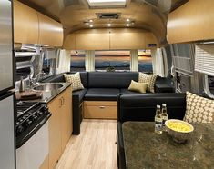 The 2017 Flying Cloud travel trailer from Airstream combines comfort and luxury, and includes several interior decor options to find the look that's right you.