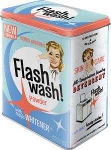 Flash wash peltipurkki tai joku muu pyykinpesuun tai astianpesuun viittaava purkki, ja sellanen minkä kehtaa antaa olla näkysällä ;)
