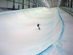 indoor halfpipe for snowboard