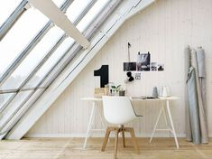 minimalist workspace for more minimalism : minimal student