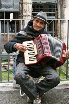 Street Musician in Rome, Italy.