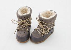正版韓國空運限量親子鞋、冰雪奇緣童鞋、鋼鐵人童鞋、親子襪專賣! 詢問與訂購,請到Baby Love粉絲團 www.facebook.com/