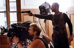 L'article précédent sur des photos de tournage est ici.