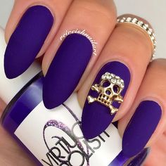 Skull & Crossbones / Gold 3D Nail Art Charm Jewelry