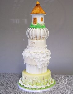 Wedding Cake by Susan Ayero made as part of The French Pastry School's L'Art du Gâteau program.