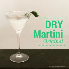 Discover recipes, home ideas, style inspiration and other ideas to try. Vodka Martini, Martinis, Dry Martini Cocktails, Key Lime Pie Martini, Peach Martini, Grapefruit Martini, Cranberry Martini, Watermelon Martini, Peppermint Martini