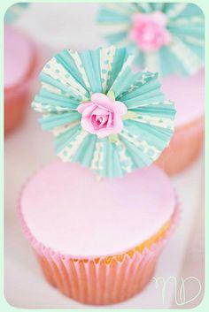 shabby cupcake