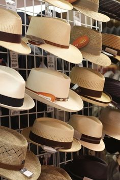 I so want some Panamas hats :-)