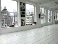 apartement / city / white floor