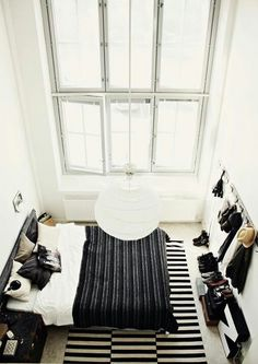 Monochrome Dream Rooms, Dream Bedroom, Bedroom Loft, Light Bedroom, Airy Bedroom, Bedroom Simple, Bedroom Windows, Master Bedroom, Ikea Stockholm Rug