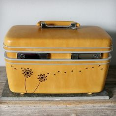 I have this case; the set was a graduation gift from my parents. I use it as a jewelry box now.