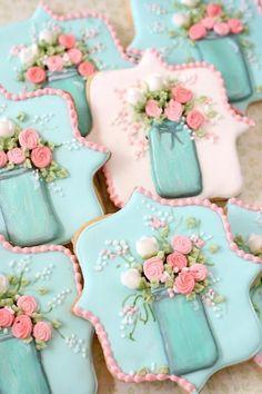 Dorsey is making cookies like this. Mason Jar and Flowers Decorated Sugar Cookies Fancy Cookies, Iced Cookies, Cute Cookies, Easter Cookies, Royal Icing Cookies, Cupcake Cookies, Cookies Et Biscuits, Birthday Cookies, Shabby Chic Cookies