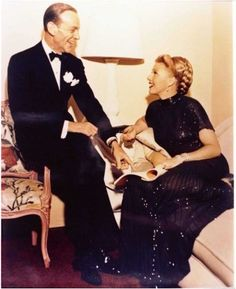 """Fred and Ginger """"The Barkley's of Broadway"""" Old Hollywood Stars, Hooray For Hollywood, Golden Age Of Hollywood, Vintage Hollywood, Hollywood Glamour, Classic Hollywood, A Fine Romance, Fred And Ginger, Hollywood Pictures"""