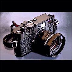 Leica Camera M7  Look at the camera lense!