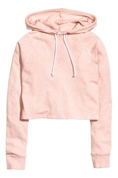 Short top in soft sweatshirt fabric with a drawstring hood and long raglan sleeves with ribbed cuffs. Crop Top Hoodie, Long Hoodie, Sweater Hoodie, Half Shirts, Short Shirts, Raglan Shirts, Hoodie Sweatshirts, Sweat Shirt, Clothes