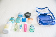 Want the perfect TSA approved clear toiletry bag for your carry-on? Plus, we're giving you all the info you need about the TSA liquids rule (including the list of items allowed in your quart sized bag). Tote Bag Organizer, Handbag Organization, Travel Organization, Organizing, Packing Tips For Travel, Travel List, Travel Essentials, Travel Bag, Packing Ideas