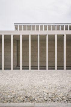 David Chipperfield Architecture, Facade Architecture, Contemporary Architecture, Landscape Architecture, High Building, Building Facade, Building A House, Architecture Magazines, Design Museum