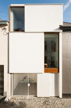 Cute Modern House: LKS by architectenBelgian architectural firm architecten has created the House LKS.Completed in this house is located in Lier, Belgium. The design of this home. Architecture Design, Minimalist Architecture, Modern Architecture House, Residential Architecture, Modern House Design, Architecture Definition, Architecture Diagrams, Building Architecture, Architecture Portfolio