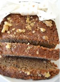 Best Banana Nut Bread Recipe Ever; grain-free, refined sugar-free, paleo, dairy-free watch out! Best Gluten Free Banana Bread Recipe, Banana Nut Bread Easy, Nut Bread Recipe, Healthy Bread Recipes, Banana Bread Recipes, Healthy Food, Paleo Bread, Healthy Deserts, Paleo Food