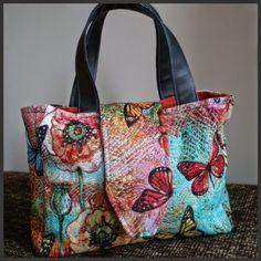 ONDERWEG: Vlindertas Diaper Bag, Bags, Fashion, Handbags, Moda, Fashion Styles, Diaper Bags, Taschen, Purse