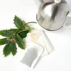 Herbal Tea Bags- Fill Your Own #lisaellisgardens #gardengifts #tea #DIY #designergardengifts #onlineandinstore #lovegardening  https://lisaellisgardens.com.au/shop/