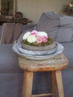 stylen met hout grijs wit en rose
