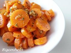 Zanahorias aliñás. Una sencilla y nutritiva receta que te cuenta cómo preparar la autora del blog Recetas y a cocinar se ha dicho. ¡Te encantará!