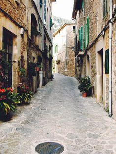 valldemossa village in mallorca #spain, #travel, #summer, #streets