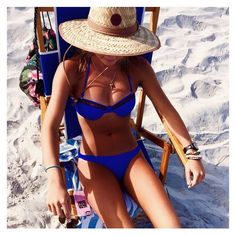 Caribbean Blue || @jaclynmh27 looks stunning || #beach #colombiamoda #bikini #ocean #swim #miami #soflo