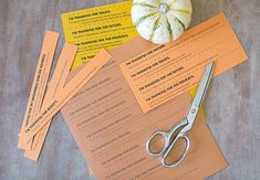 Free printable Thanksgiving gratitude conversation starters: Just cut, placei n a basket or bowl and go around the table | Modern Parents Messy Kids