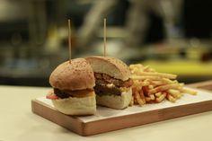 Bu hafta sonuna Timboo'dan enfes bir hamburger yakışır! :) #arcadiumkeşif #timboo