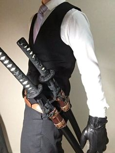 My kinda open carry! Character Inspiration, Character Design, Samurai Swords, Katana Swords, Fantasy Weapons, Photo Reference, Costume Design, Martial Arts, Mens Fashion
