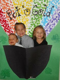 Preschool Crafts for Kids*: St. Patrick's Day Pot of Gold Picture Frame Craft