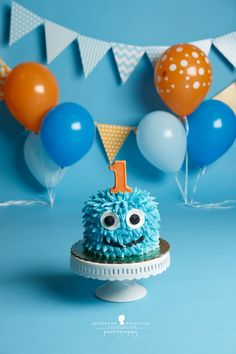 38 Ideas for birthday party food monster cake ideas Birthday Cake Smash, Baby 1st Birthday, First Birthday Cakes, First Birthday Parties, First Birthdays, Birthday Ideas, One Year Birthday Cake, 1st Birthday Boy Themes, Baby Cake Smash