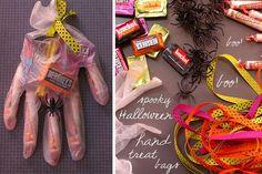 DIY Halloween : DIY Spooky Halloween Hand treat bags